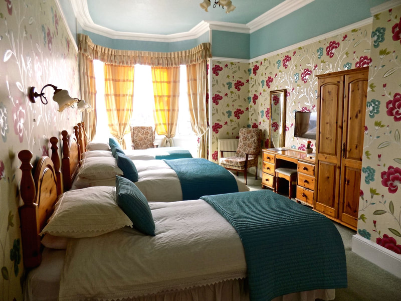 Triple Bed and Breakfast Rooms In Edinburgh at Gifford House B&B